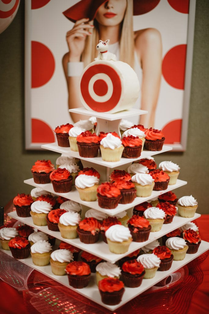 cupcake-catering-for-company-picnic-684x1024